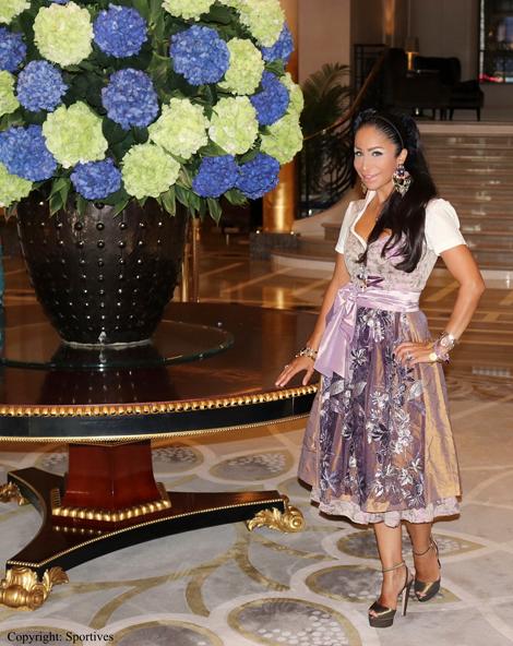 Sportmanagerin & Rund-Kolumnistin Dr. Samira Samii in Monte Carlo